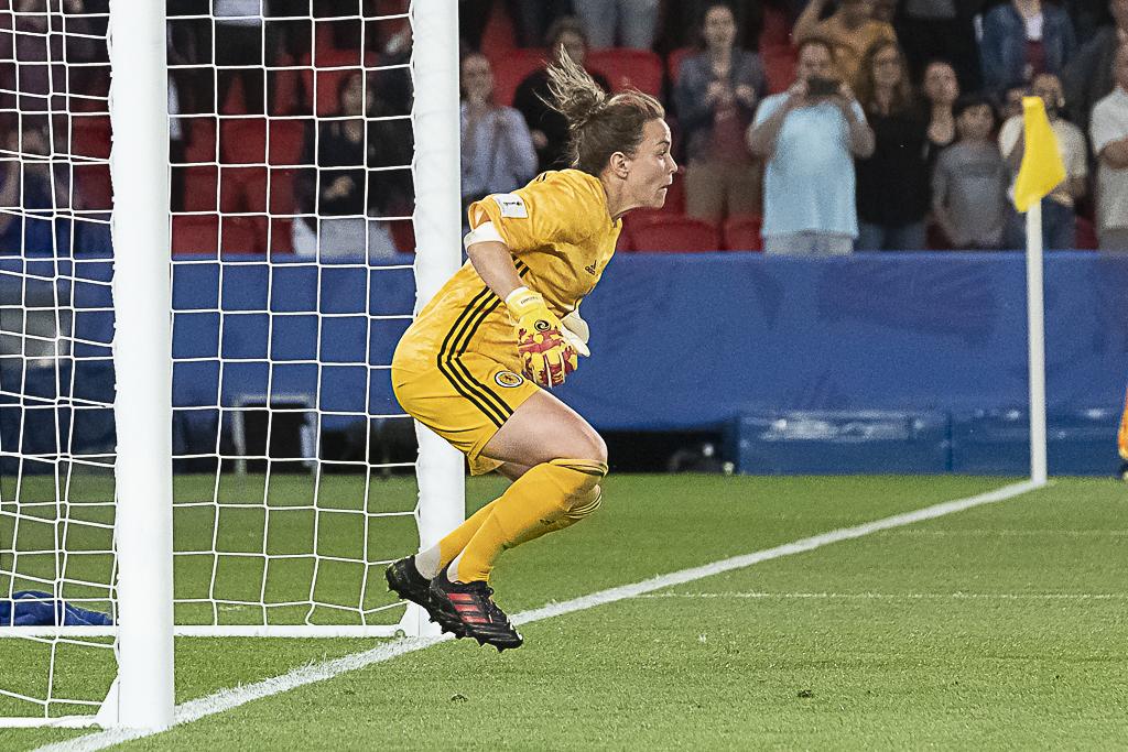 Lee Alexander lors du premier penalty donné à retirer (photo Eric Baledent/FOF)
