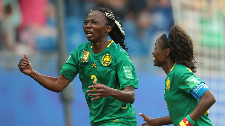 Ajara Nchout et ses partenaires sont aux anges (photo FIFA.com)