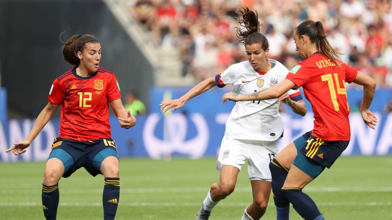 Heath face à Torrecilla (photo FIFA.com)