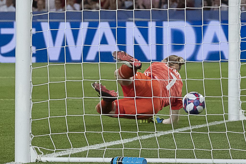 Le penalty arrêté (photo Eric Baledent/FOF)