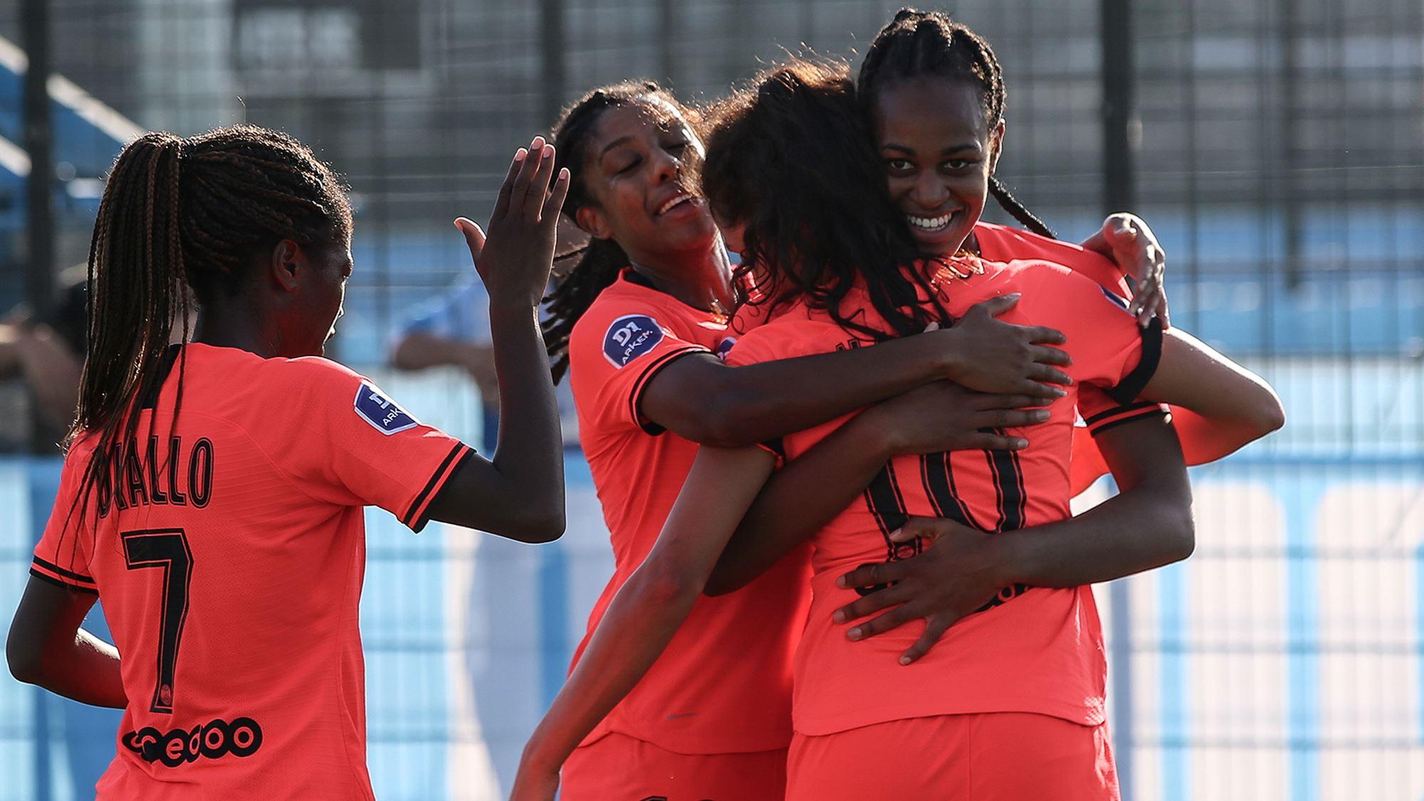 Nadim, de dos, et Katoto ont marqué ce dimanche (photo PSG)