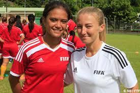 Vaihei Samin à gauche avec Stéphanie Spielmann