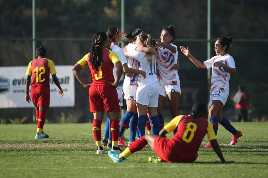 Turkish Women's Cup - Carton plein pour le CHILI