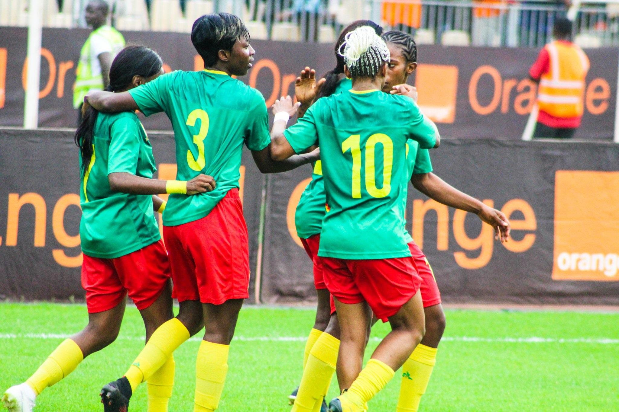 Ajara Nchout (n°3) a été la première Camerounaise a marqué (photos CRTV)