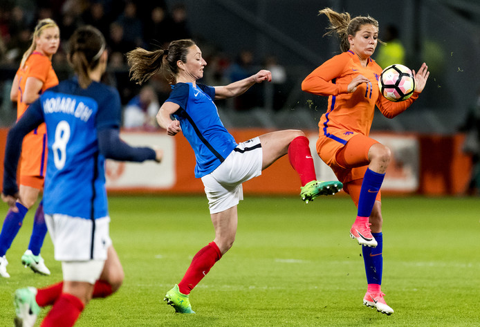 Thiney face aux Pays-Bas trois mois avant l'Euro 2017