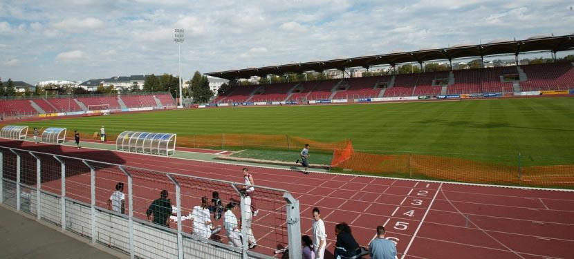 Le Stade Duvauchelle peut accueillir jusqu'à 12 000 spectateurs (photo Ville de Créteil)