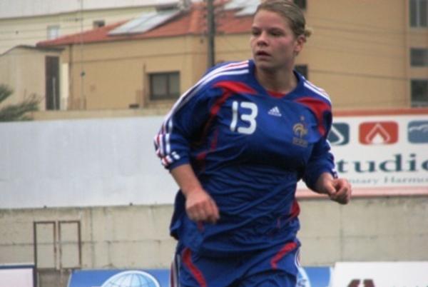 Premier but en sélection pour Le Sommer (photo lors de France - Ecosse en 2009, crédit Sébastien Duret)