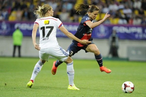 Laure Boulleau efface Corine Franco (Photo PSG)