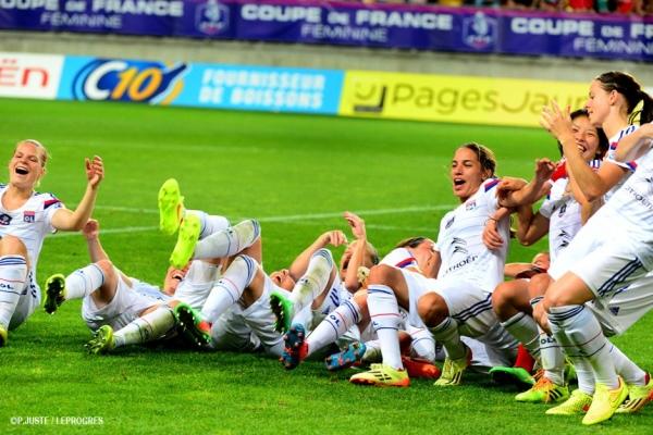 Les filles de l'OL avaient trouvé un drôle de rituel pour célébrer les buts...  (crédit : P.Juste/OL web)