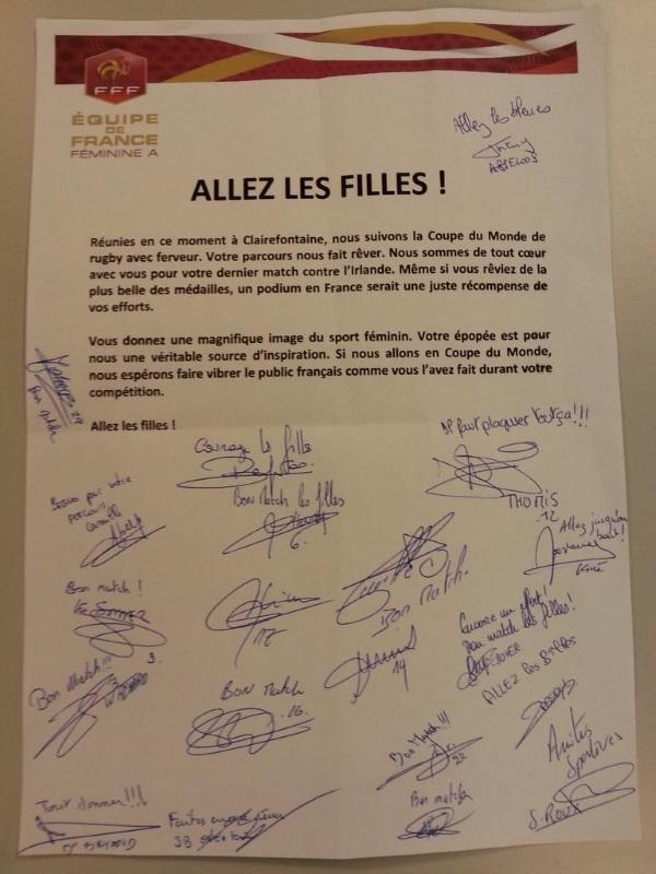 """Bleues - """"Allez les filles"""" : Soutien aux rugbywomen tricolores"""