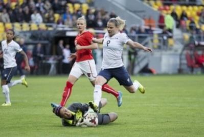 Eugénie Le Sommer a envie de connaitre une deuxième Coupe du monde après l'Allemagne. (Photo : Eric Baledent)