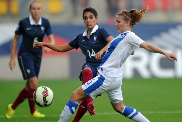 Louisa Necib a donné l'avantage aux Bleues après la pause)