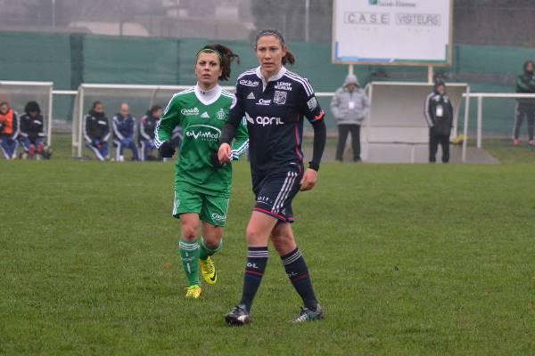 Première titularisation pour R. Lavaud et le capitanat pour E. Bussaglia (photo P. Souchon/ASSE féminine)
