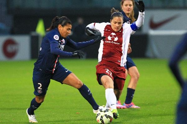 Kenza Dali face à Simone (photo FC Metz)