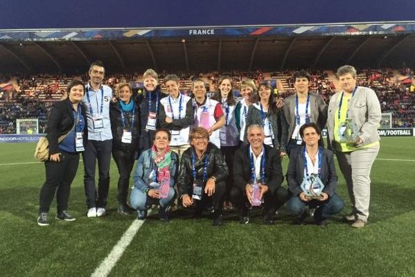 Les lauréats de Mesdames Franchissez la Barrière (photo FFF)