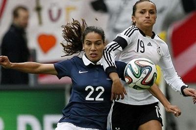 Amel Majri, atout défensif et offensif pour les Bleues (photo DFB)