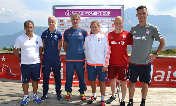 Farid Benstiti, Caroline Seger (PSG), Gérard Prêcheur, Lucie Pingeon (Lyon), Melanie Behringer, Thomas Wörle (Bayern Munich) (photo OLweb)