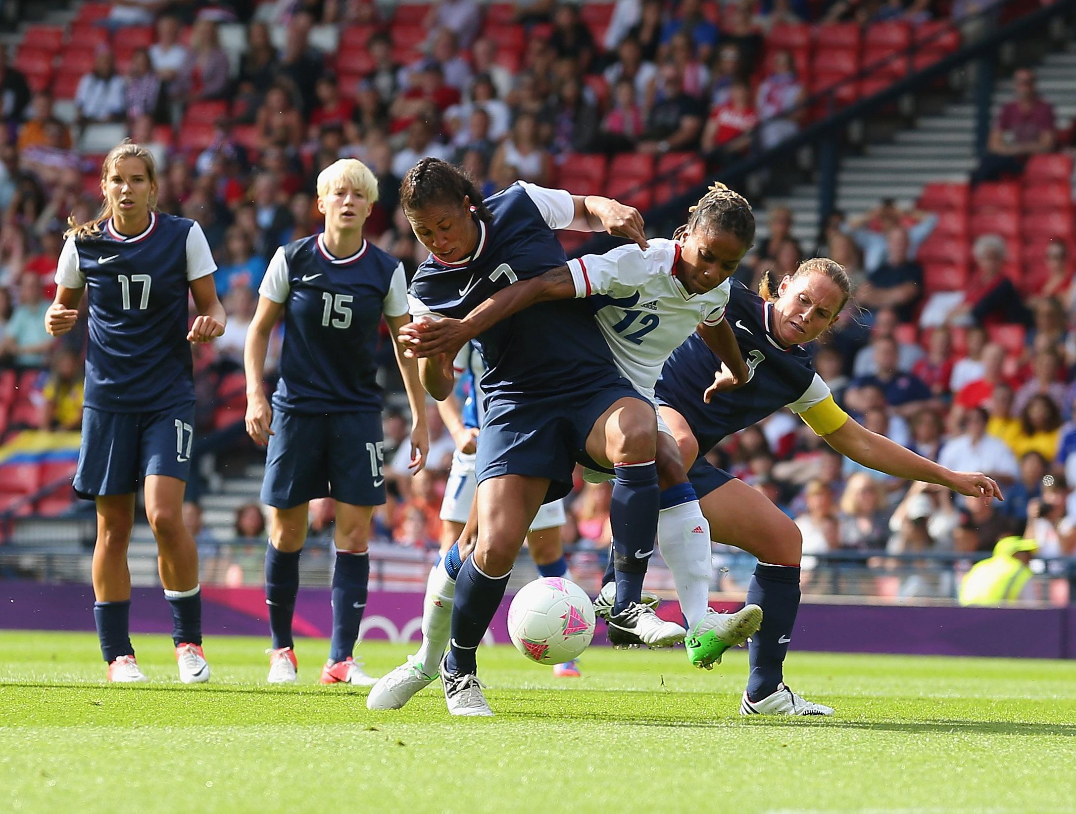Thomis face aux Etats-Unis aux JO 2012. Le tournoi organisé en mars préparera à ceux de 2016 (photo FIFA.com)