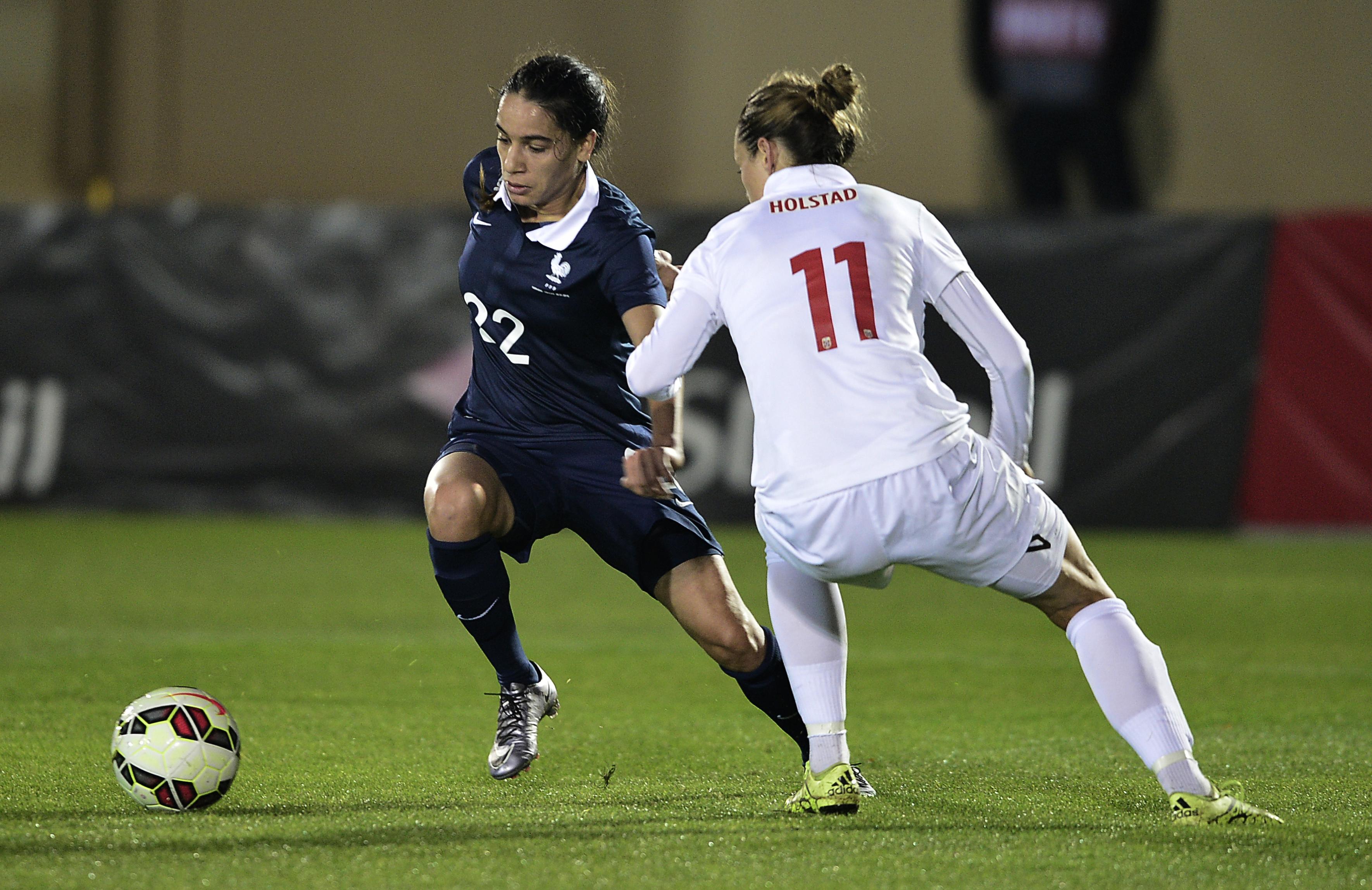 Amel Majri, milieu gauche