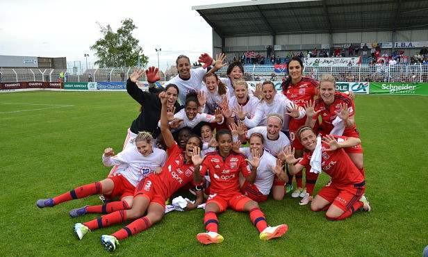 Les Lyonnaises sacrées championnes (photo OLweb.fr)
