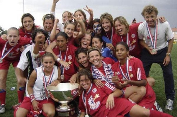 Montpellier remporte sa première coupe (photo Sébastien Duret)