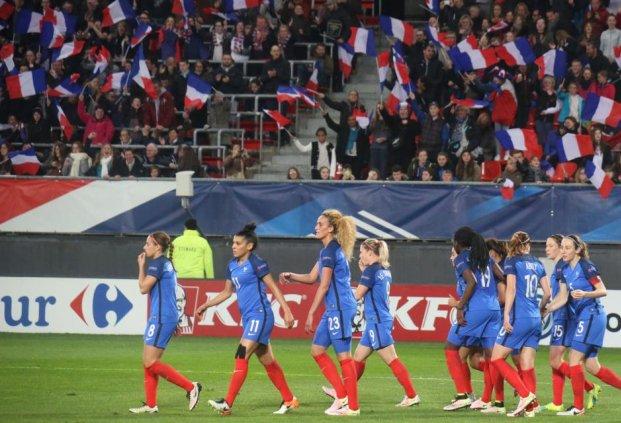 Bleues - Deux rencontres face à la CHINE et le CANADA avant les JO
