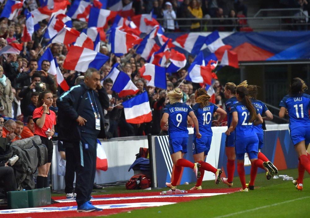 #Bleues - FRANCE - GRECE : Un court succès, un grand record
