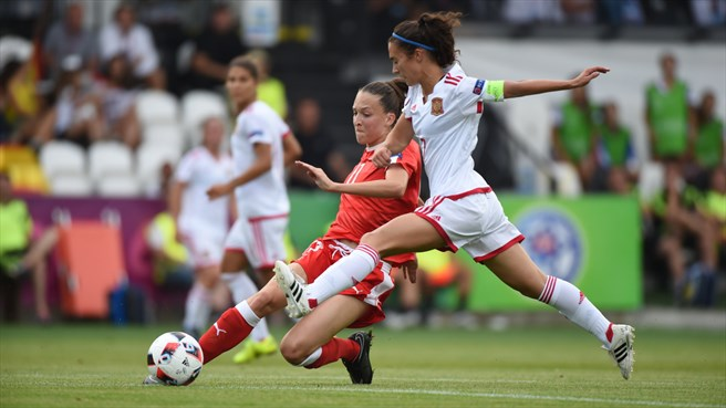 L'Espagne a déroulé pour prendre la première place devant la Suisse (5-0) (photo UEFA)