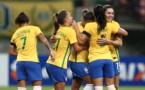 Les Brésiliennes portaient un brassard noir pour cette rencontre, en hommage à l'équipe de Chapecoense