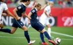 Le Sommer buteuse lors de la Coupe du Monde 2015 face aux Anglaises