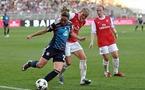 Camille Abily et les Lyonnaises peuvent se qualifier pour leur deuxième finale de Ligue des champions d'affilée (Photos : Alexandre Ortega)