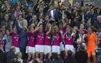 La joie des Lyonnaises qui soulèvent leur seconde Ligue des Champions (Photos : Eric Baledent)