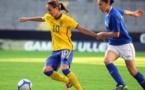 Asllani à gauche évoluera prochain sous les couleurs du PSG (photo : Fredrik Hasselgren)