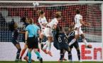 Les coups de pied arrêtés, arme privilégiée de l'OL (photo UEFA.com)