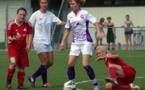 Les filles de Claix, ici en amical contre le FC Nivolet, sont invaincues cette saison (Photo ; M.Moreau)