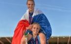 Faustine Robert, avec son ancienne partenaire de club Sandie Toletti (photo uefa.com)