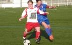 Les filles du FC Nivolet (DH), en rouge et blanc, ne se sont pas assez lâchées selon leur coach (photo d'archive)