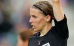 Stéphanie Frappart officiera en Ligue 2 à la rentrée (crédit : L'Express)