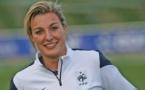 Bleues - Claire LAVOGEZ, première heure avec les Bleues (FFF TV)