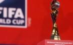 Le trophée de la FIFA de passe en France