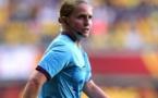 Esther Staubli pendant les demi-finales du Championnat d'Europe féminin de l'UEFA 2013 entre la Suède et l'Allemagne (photo UEFA)