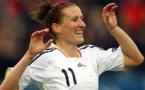 Anja Mittag partage la première place avec Celia Sasic (photo FIFA)