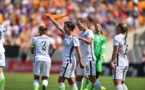 USA - La tournée des championnes débutent par deux écrasants succès (vidéo)