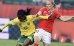 Claudine Meffometou face à Lara Dickenmann en juin dernier (photo Le Temps)