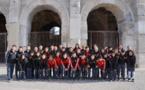 Les Chinoises ont visité les arènes de Nîmes (Photo Baptiste Manzinali / Objectif Gard)