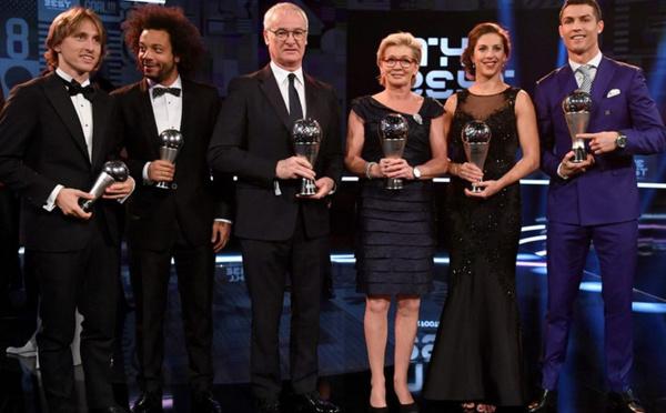 FIFA - Silvia NEID élue meilleure entraîneur, Carli LLOYD meilleure joueuse