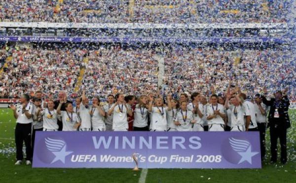 L'UEFA Champions League féminine lancée en 2009-2010