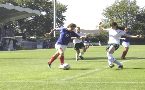 Les Bleues débutent 2009 par l'Irlande