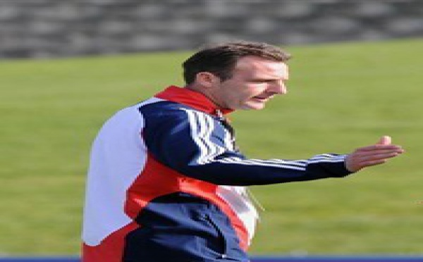 Succès des 16 ans en Angleterre (1-0)