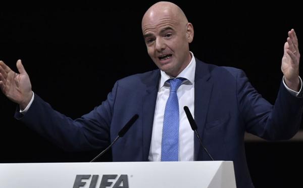 International - Le Président de la FIFA étudie la possibilité d'une Ligue Mondiale Féminine